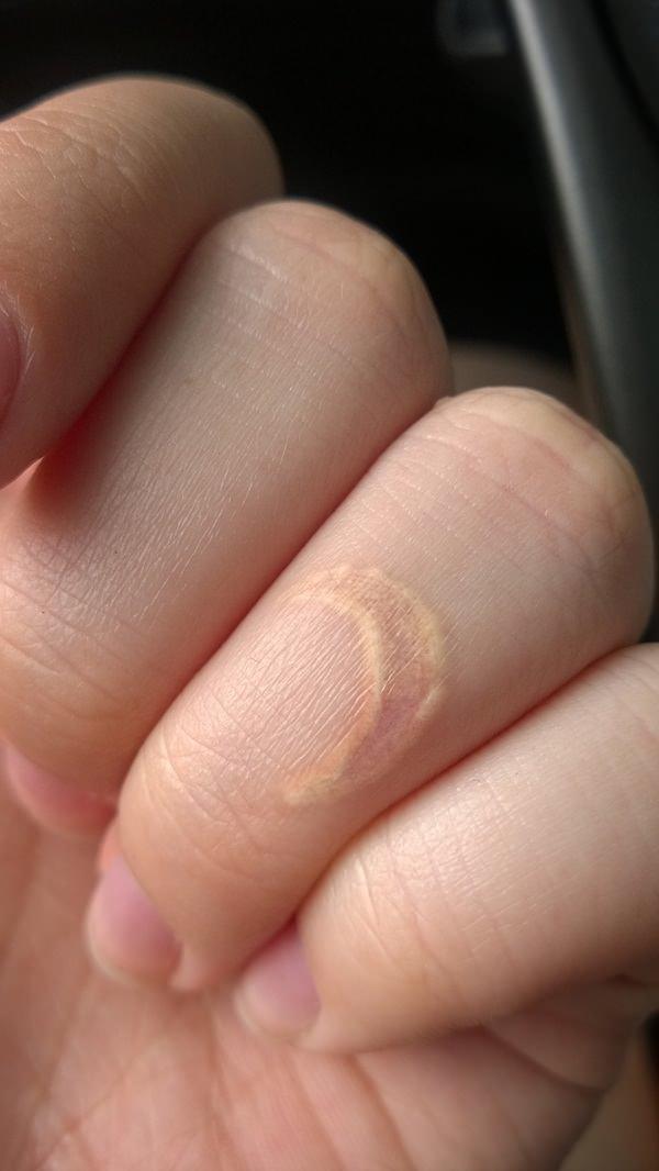 121115-white-ink-tattooswhite ink tattoos-51