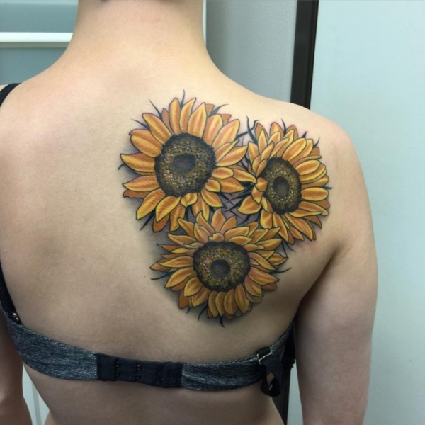 Beautiful Floral Tattoos Designs that'll blow your Mind0101