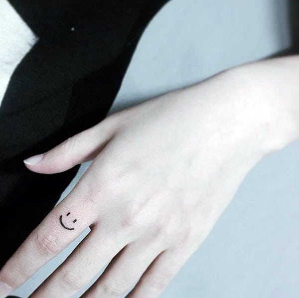 Cute Finger Tattoos Designs (11)