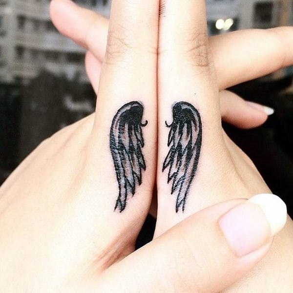 Cute Finger Tattoos Designs (18)
