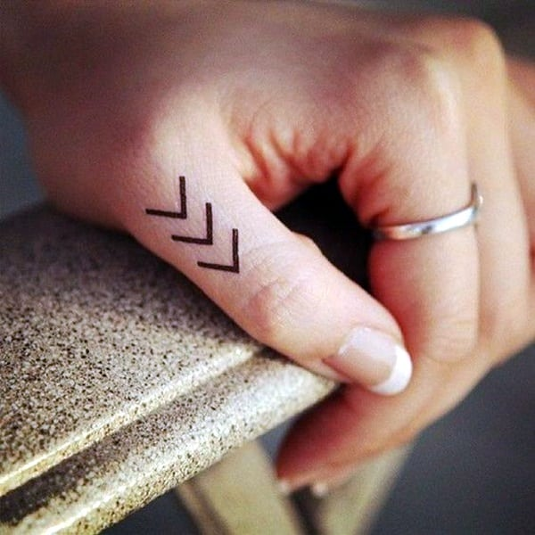 Cute Finger Tattoos Designs (21)