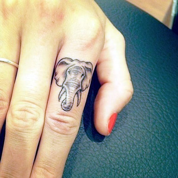 Cute Finger Tattoos Designs (45)