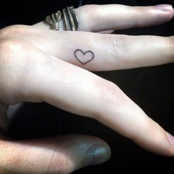 Cute Finger Tattoos Designs (72)