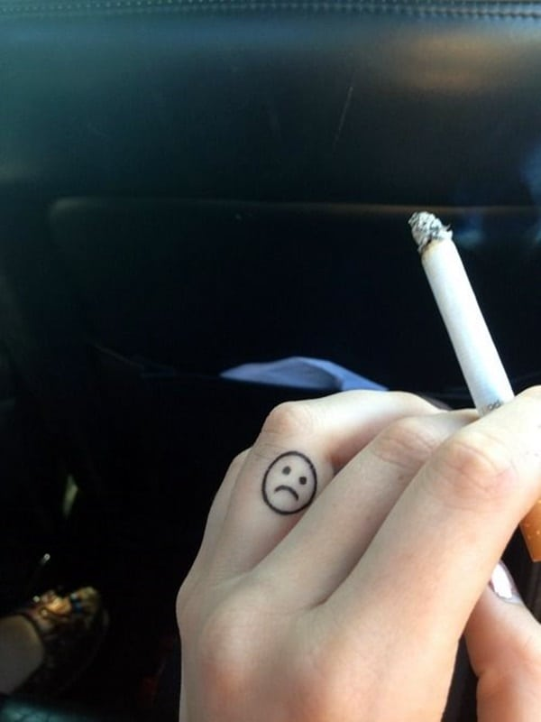 Cute Finger Tattoos Designs (80)