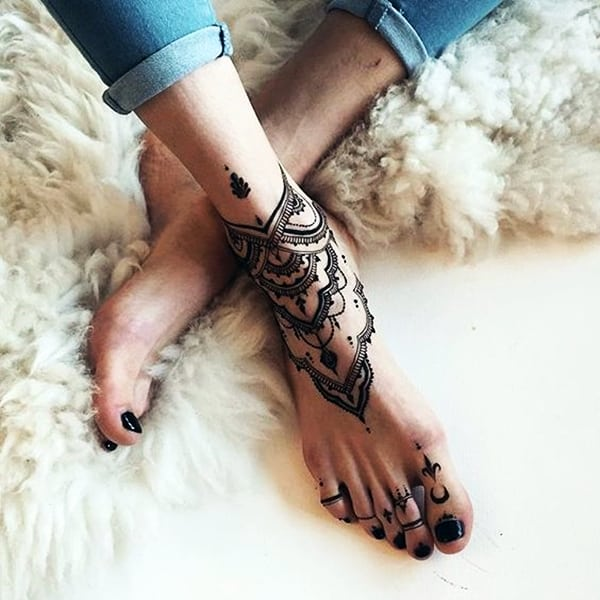 Lace Tattoos Designs and Ideas (88)