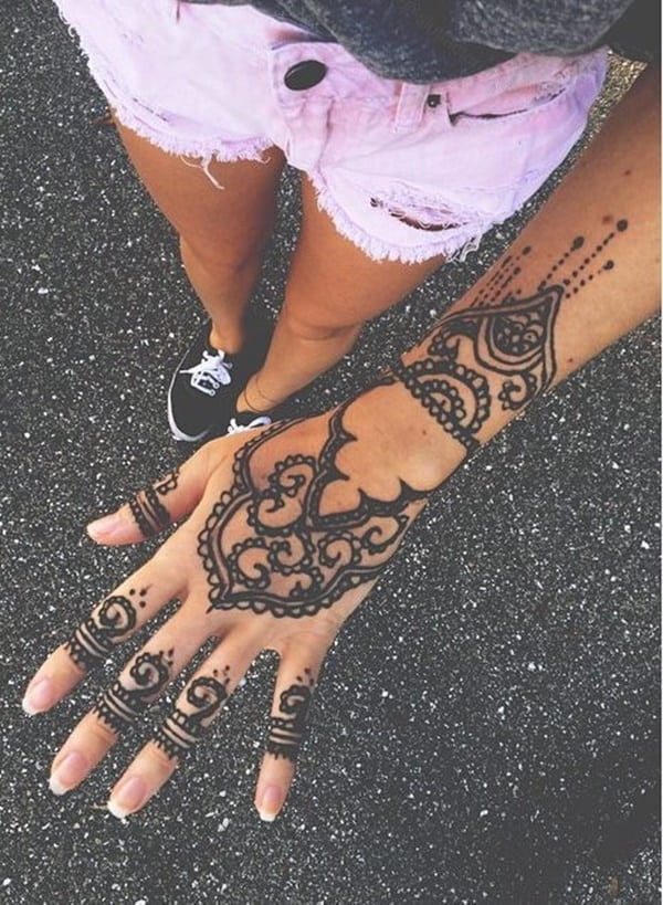 175+ Beautiful Henna Tattoo Ideas For Girls To Try At least Once
