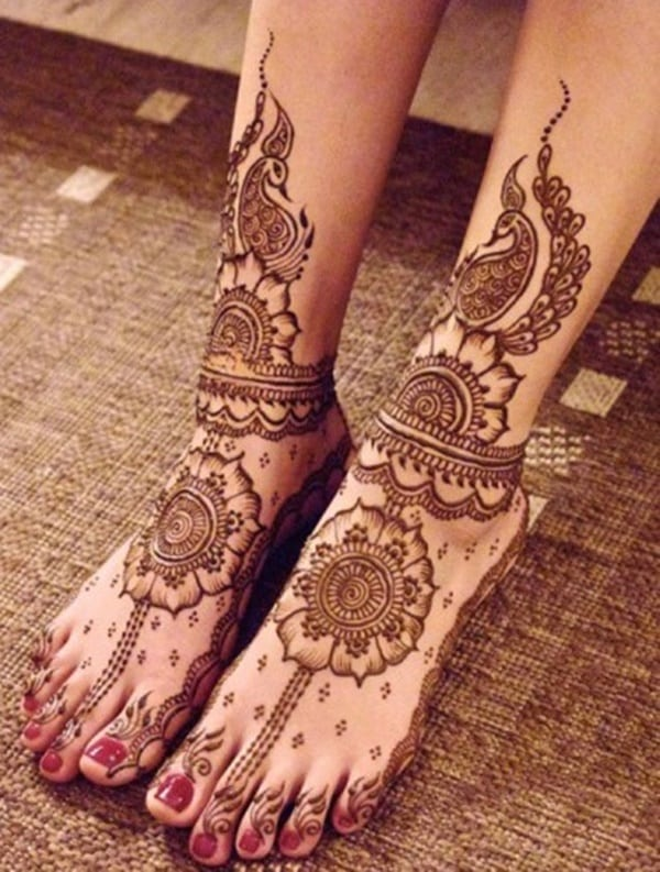 Red Henna Tattoo: 99 Beautiful Henna Tattoo Ideas For Girls To Try At Least Once