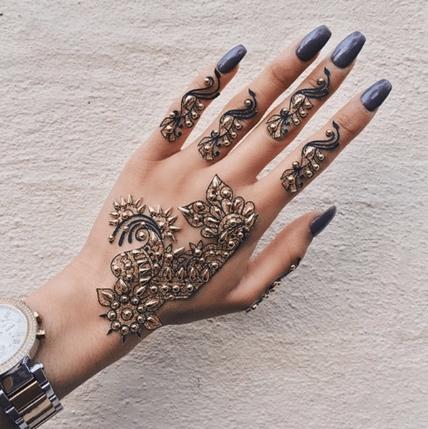 b7f882cea8a0e 175+ Beautiful Henna Tattoo Ideas For Girls To Try At least Once