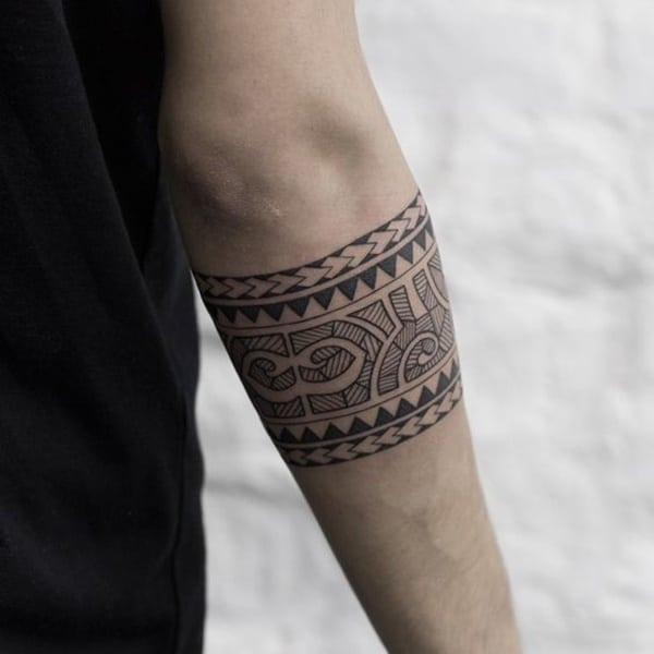 81 tribal maori tattoos for inspiration - Tatouage polynesien signification famille ...