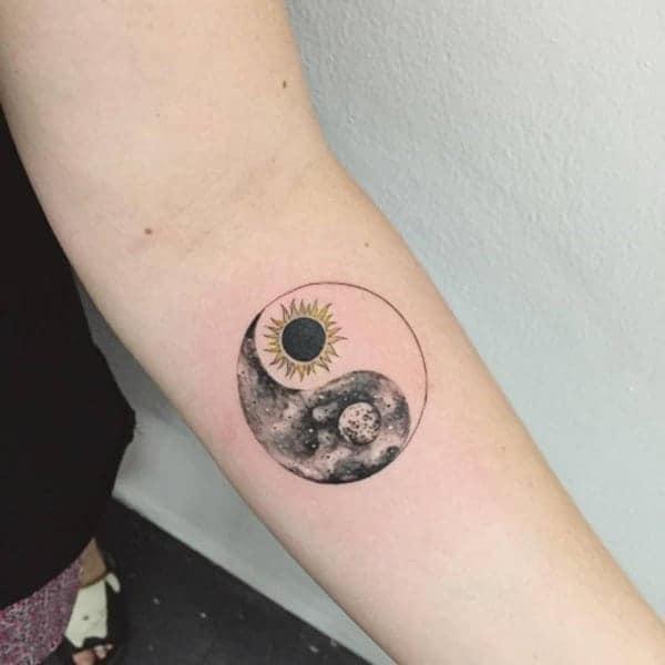 yin-yang-tattoos-86