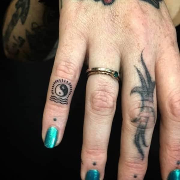 yin-yang-tattoos-91