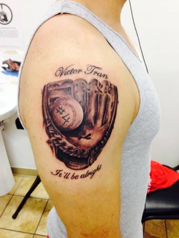amazing-baseball-tattoos-ideas0611