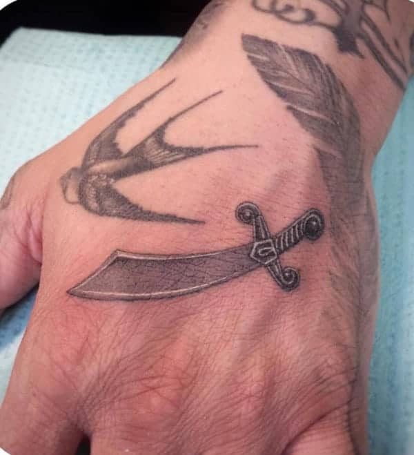 awesome-sword-tattoos-ideas0531
