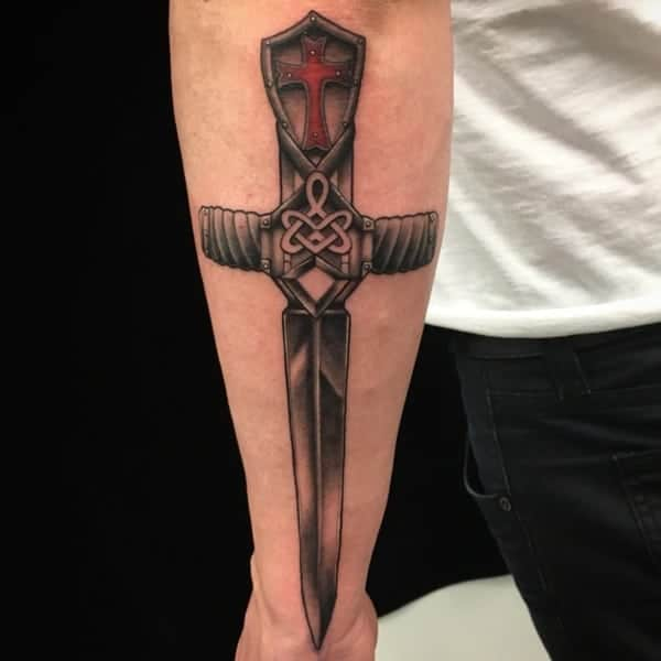 awesome-sword-tattoos-ideas0621