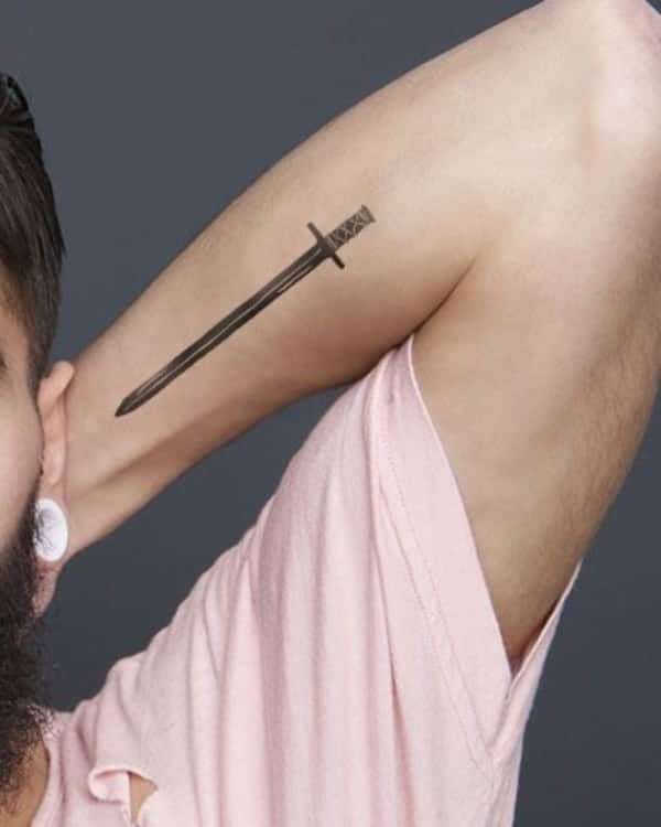 awesome-sword-tattoos-ideas0711
