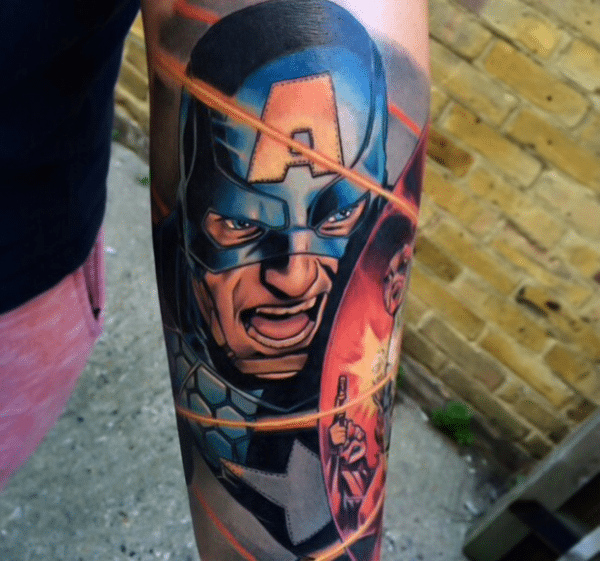 eye-catching-superhero-tattoos-designs0681