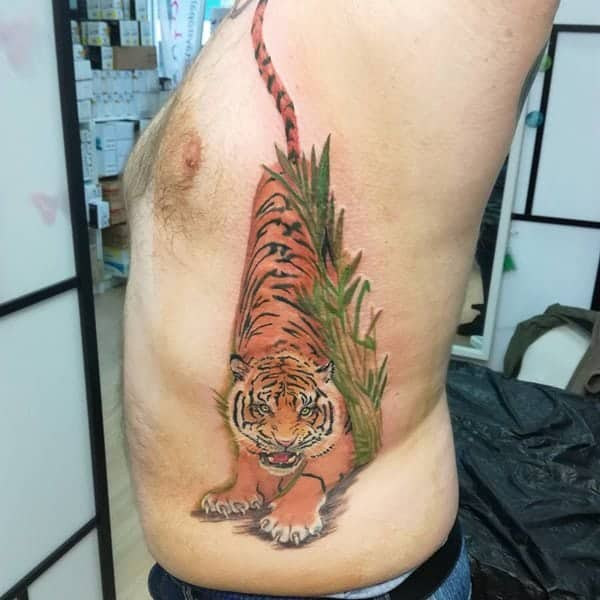 82 Extraordinary Rib Cage Tattoos That You Will Love