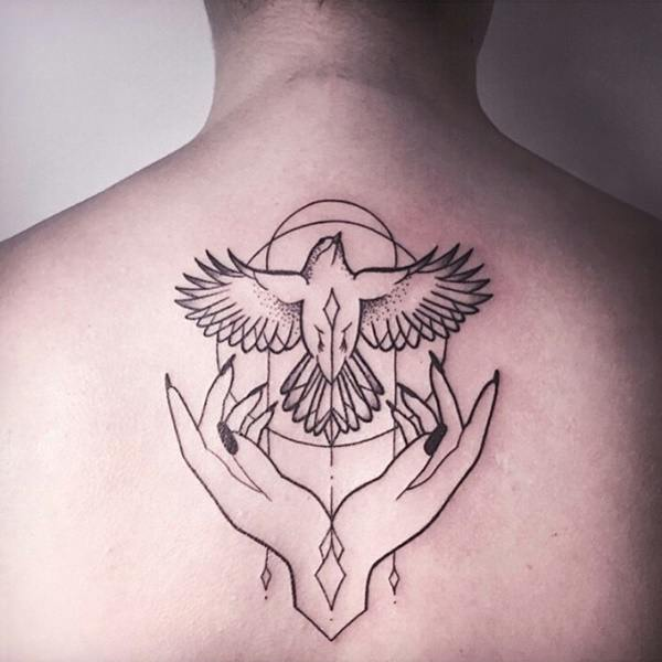 80 breathtaking dove tattoos that will catch your eye for Dove tattoos meaning