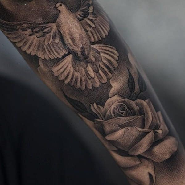 3cc7b5d3d This dove and rose are very detailed and they are gorgeous images.