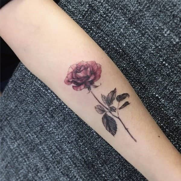 889494d54 110 Gorgeous Flower Tattoos to Brighten Your Day (2019)