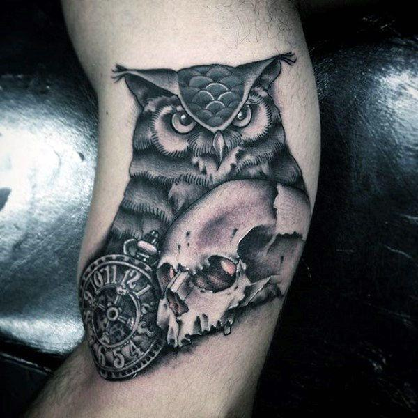 122 amazing owl tattoos their meanings. Black Bedroom Furniture Sets. Home Design Ideas