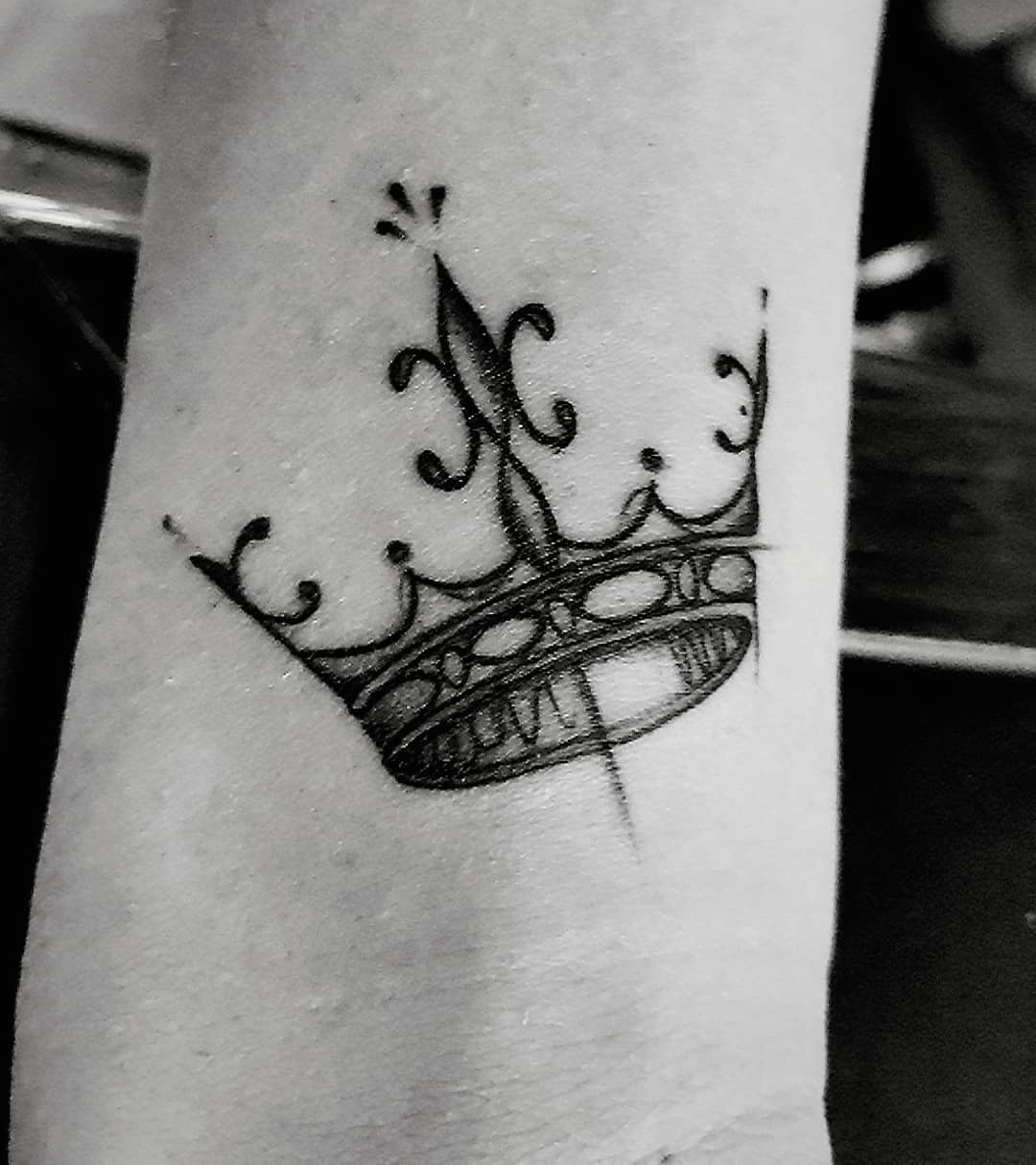 crown-tattoo