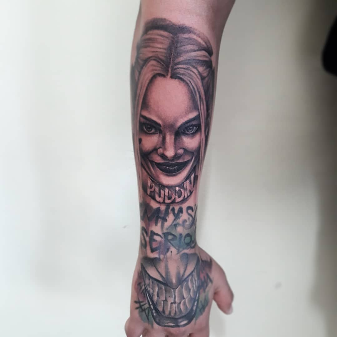 89 Harley Quinn Tattoo Designs To Light Up Your Life