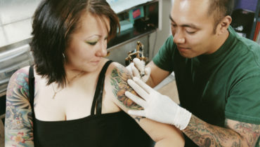 tipping tattoo artist